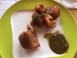 spicy cauliflower and samosa thali